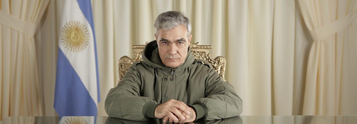 2. El ex combatiente Gabriel Sagastume recrea la cadena nacional de Galtieri al final de la guerra