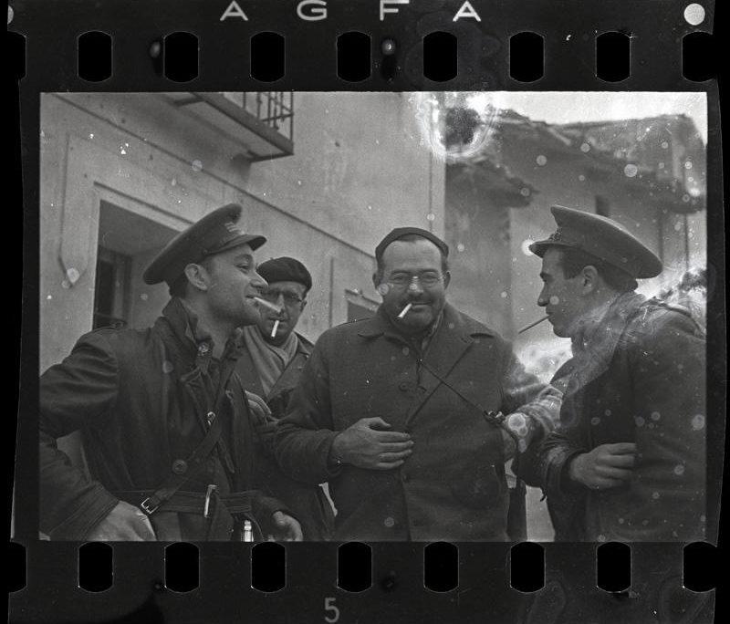 Robert Capa. Valija Mexicana